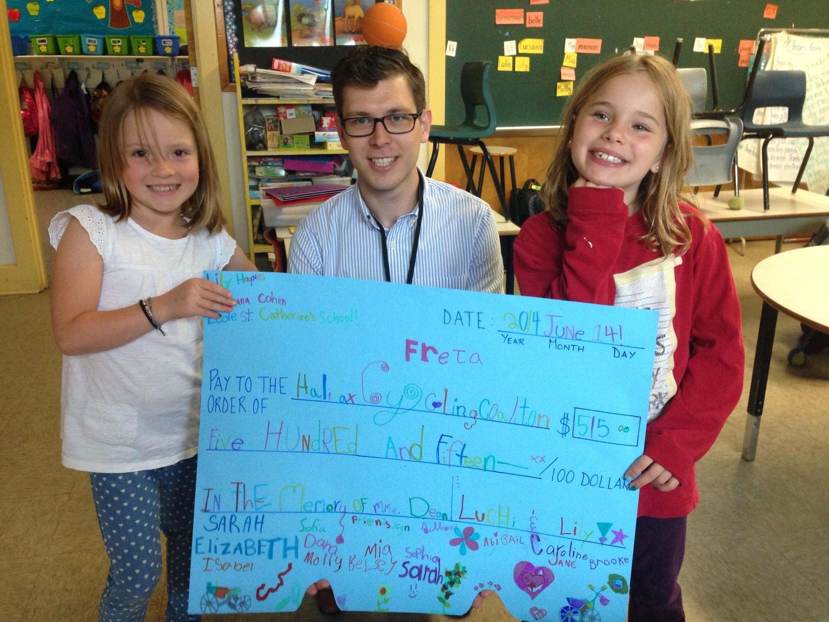 Luci & Lily raise money for Johanna Dean